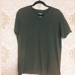 Good fellow & Co olive green men's tee-shirt